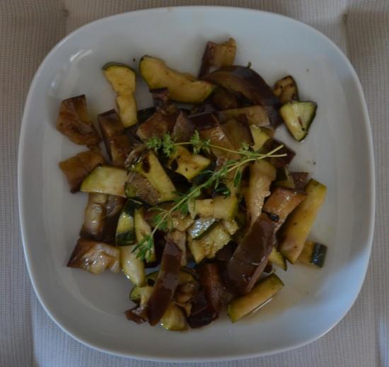 Zucchini-Melanzani-Salat-2